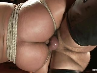 Dominic Pacifico Gets Suspended, Whipped And Fucked By Master Avery